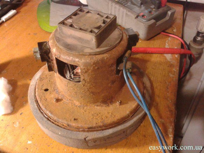 Двигатель пылесоса после очистки от ржавчины, на которые не стоит тратить время