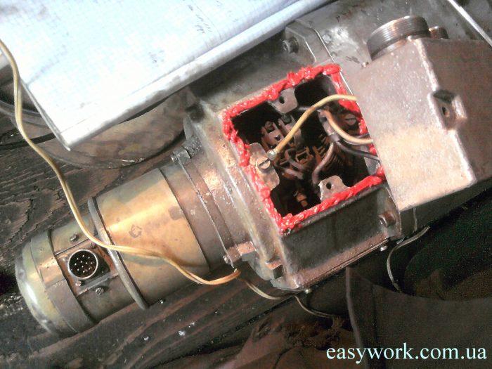 Двигатель ГФ2171 промазанный герметиком