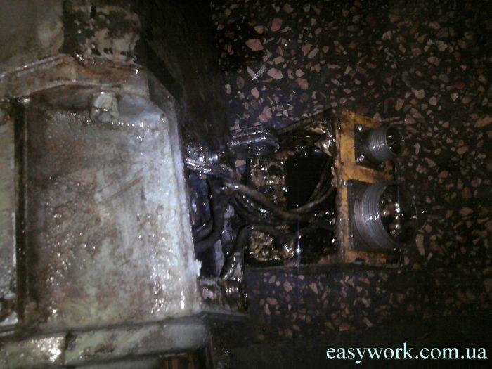 Залитое борно двигателя станка ГФ2171