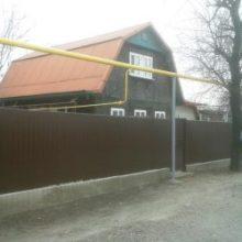 Как сделать забор из профнастила, наружное ограждения участка