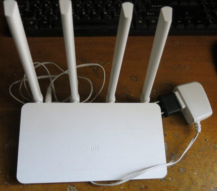 MiWiFi 3C / Xiaomi Mi WiFi Router 3C (фото 1)