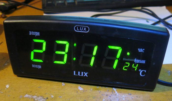 Отремонтированные часы LUX CX-818