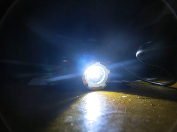 Центральный светодиод фонаря Boruit RJ 3000