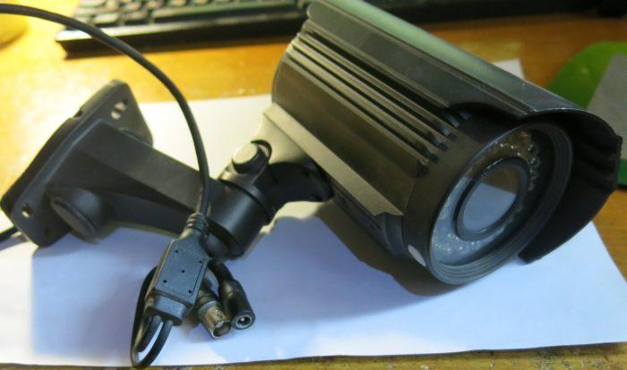 Внешний вид видеокамеры LIA40ESFP