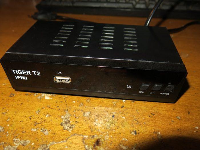 Цифровой эфирный DVB-T2 ресивер Tiger T2 IPTV