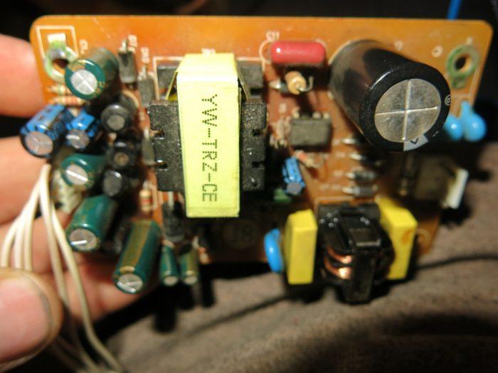 Блок питания 4100C после замены конденсаторов