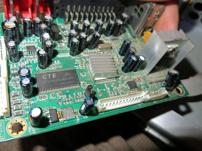 Плата тюнера 4100C после замены конденсаторов