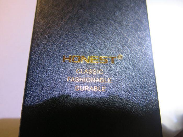 Надпись на коробки USB зажигалки Honest Gold