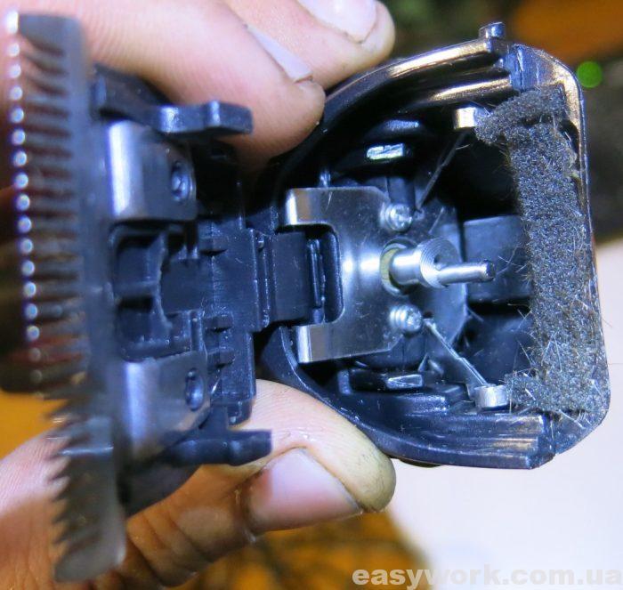 Машинка для стрижки после очистки от волос