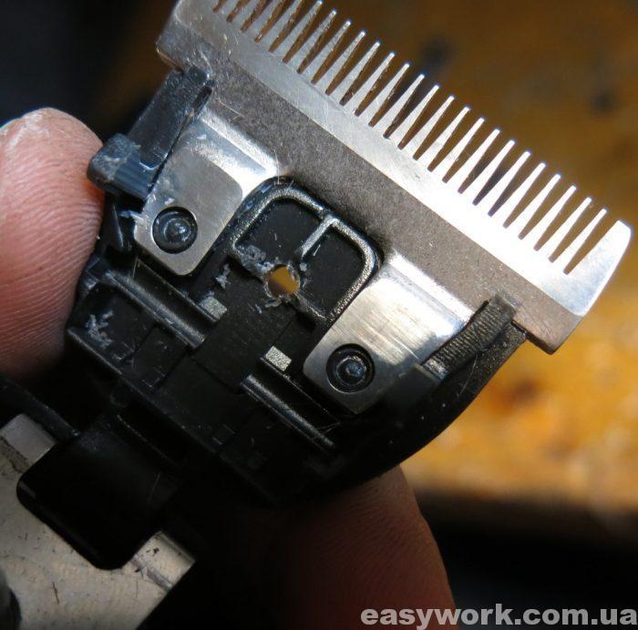 Просверленное отверстие вместо фиксатора (фото 1)
