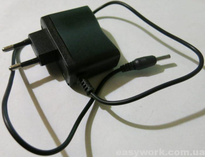 Китайское зарядное 4,2 В - 0,5 А