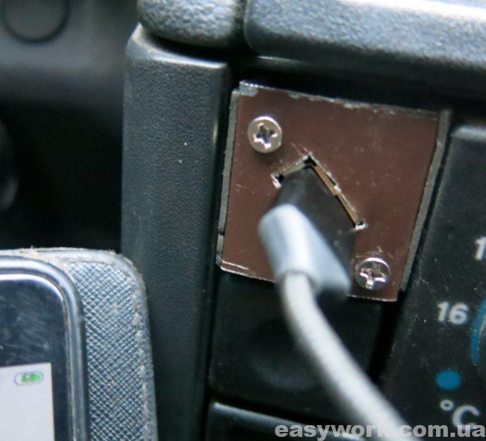 Готовая USB зарядка в авто ВАЗ 2111