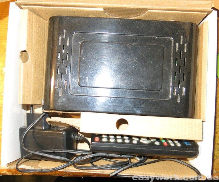 Приставка Trimax TR-2012HD в коробке