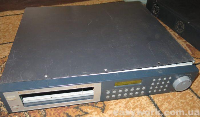 Видеорегистратор Ever Focus EDVR16D2