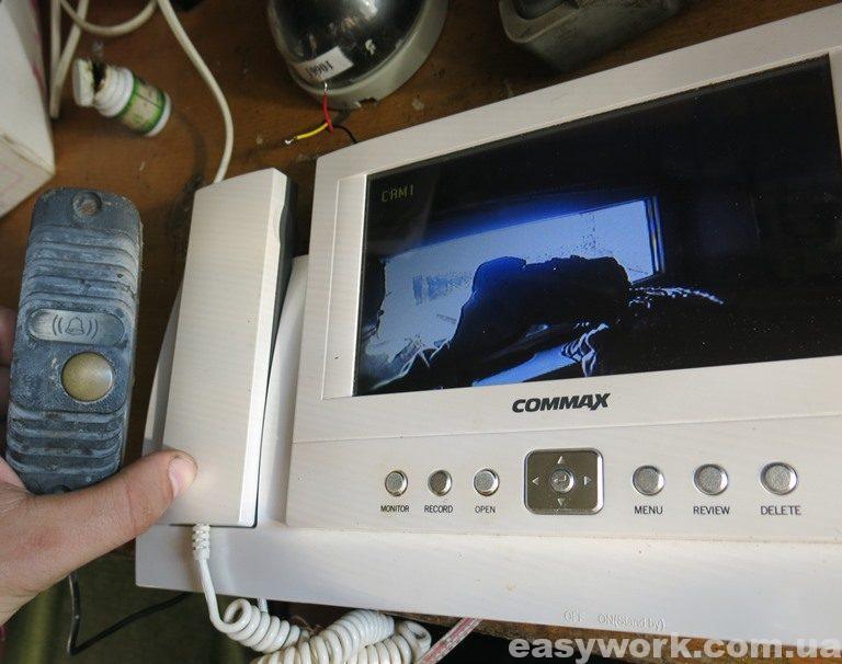 Отремонтированный домофон COMMAX CDV-72BE