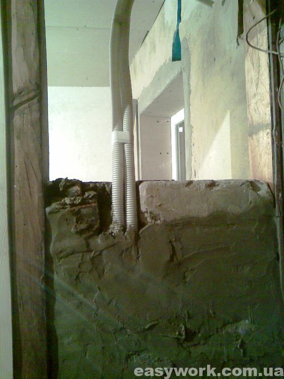 Прокладка электропроводки в стенке (фото 2)