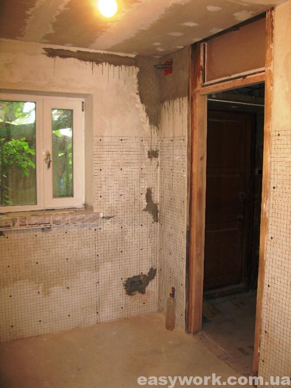 Монтаж сетки под плитку на кухне (фото 6)