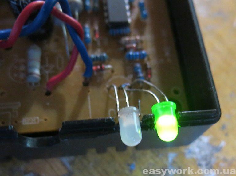 Зеленый светодиод - нулевой выходной ток