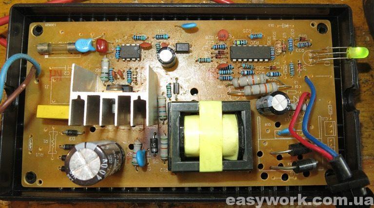 Плата зарядного устройства LB32