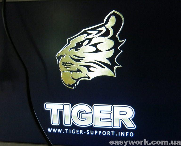 Заставка прошивки TIGER F1 HD