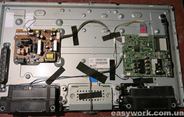 Внутреннее устройство телевизора LG 32LN540V-ZA
