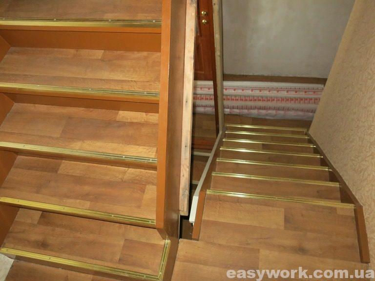Вид на лестницу со стороны лестничной площадки
