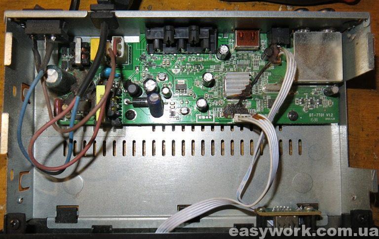 Внутреннее устройство T2 тюнера Eurosky ES-3021