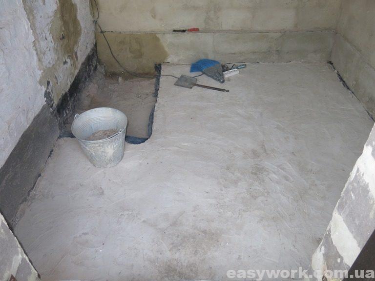 Залитый бетонный пол