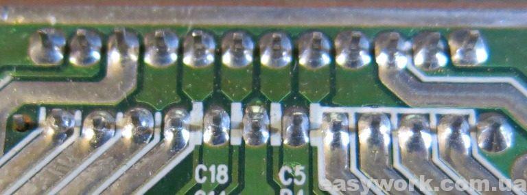 Кольцевые трещины на пайке аудиоусилителя
