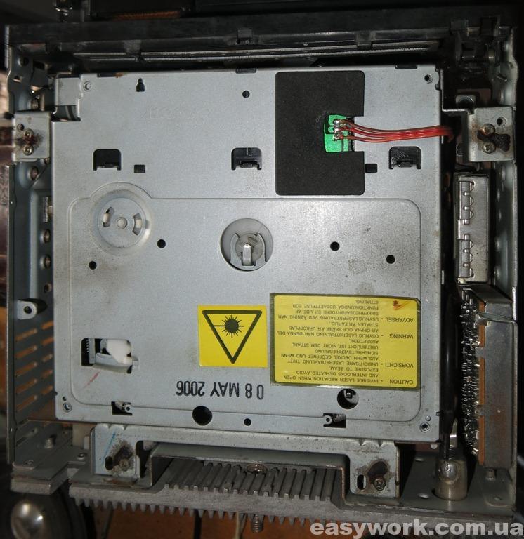 CD-привод автомагнитолы