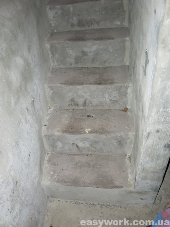 Новая лестница в подвал