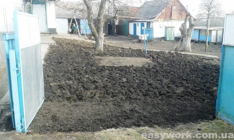 Вспашка земли перед посевом газонной травы (фото 1)
