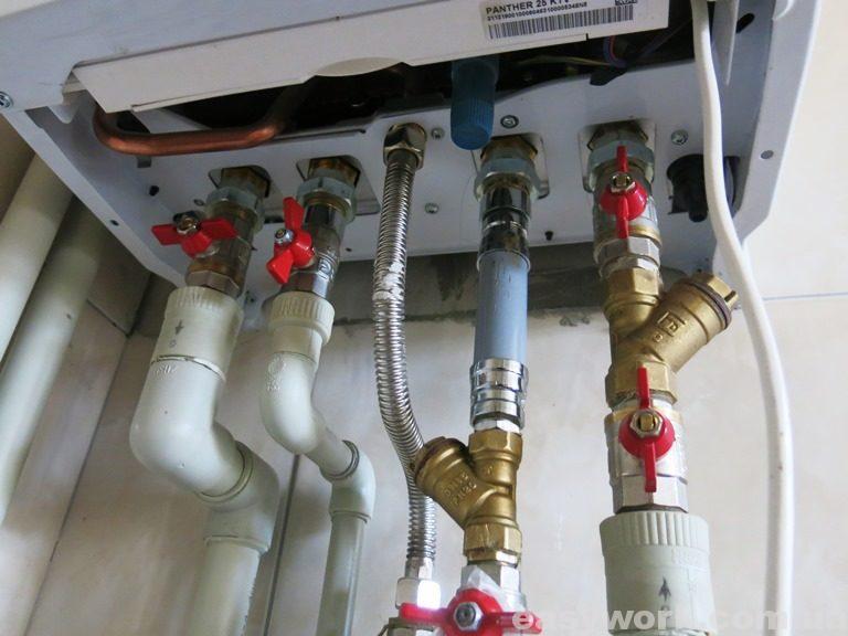 Обвязка газового котла (вид снизу)