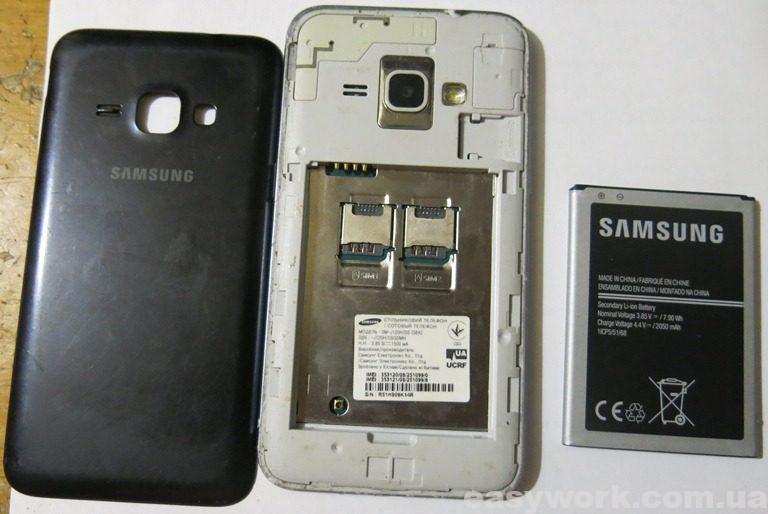 Телефон Samsung Galaxy J1 2016 J120H в разобранном виде