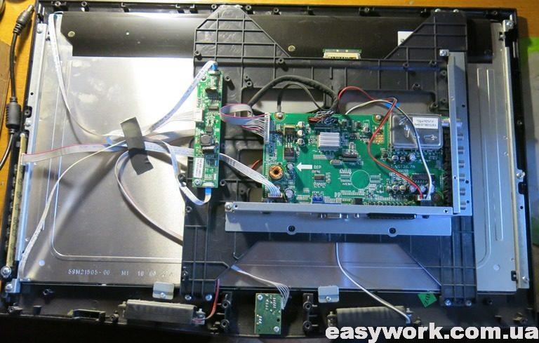 Внутреннее устройство телевизора DEX LE-2200