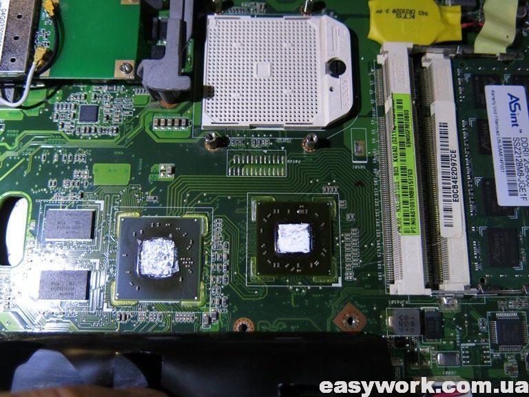 Внутреннее устройство ноутбука ASUS K40AD