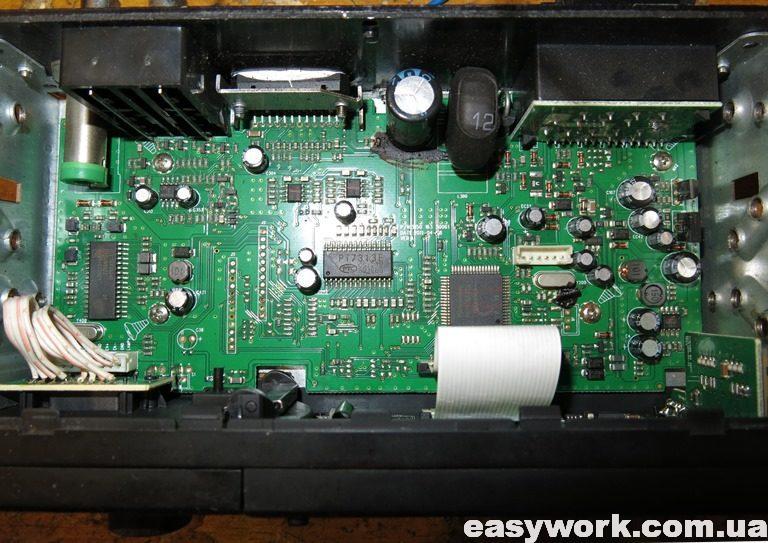 Внутреннее устройство магнитолы ORION MPD-230U