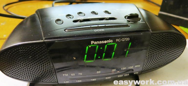 Радиоприемник с будильником Panasonic RC-Q720