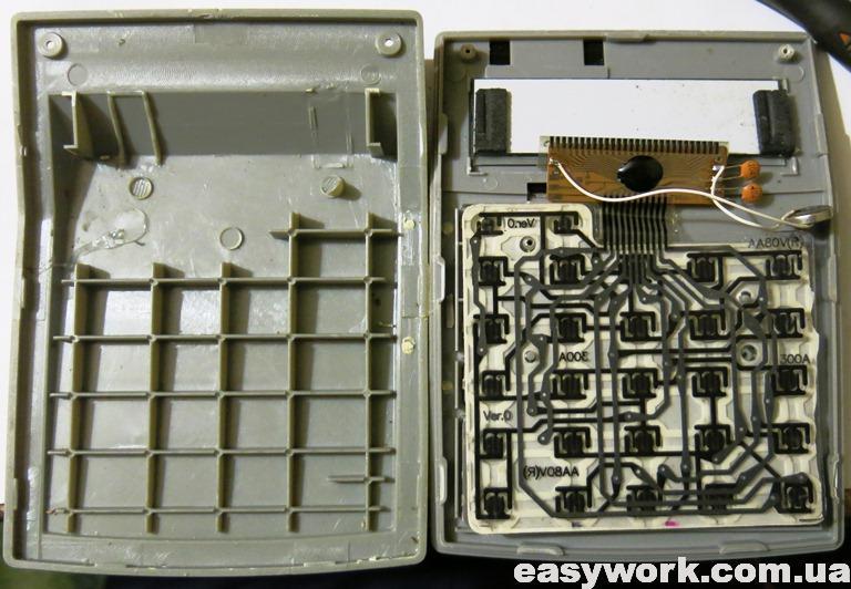 Внутреннее устройство калькулятора CASIO MS-80V