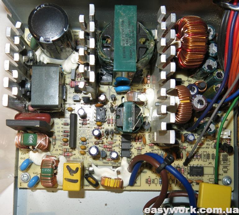 Внутреннее устройство БП CHIEFTEC GPA-500S