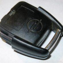 Ремонт брелка сигнализации OPEL (отходит батарейка)