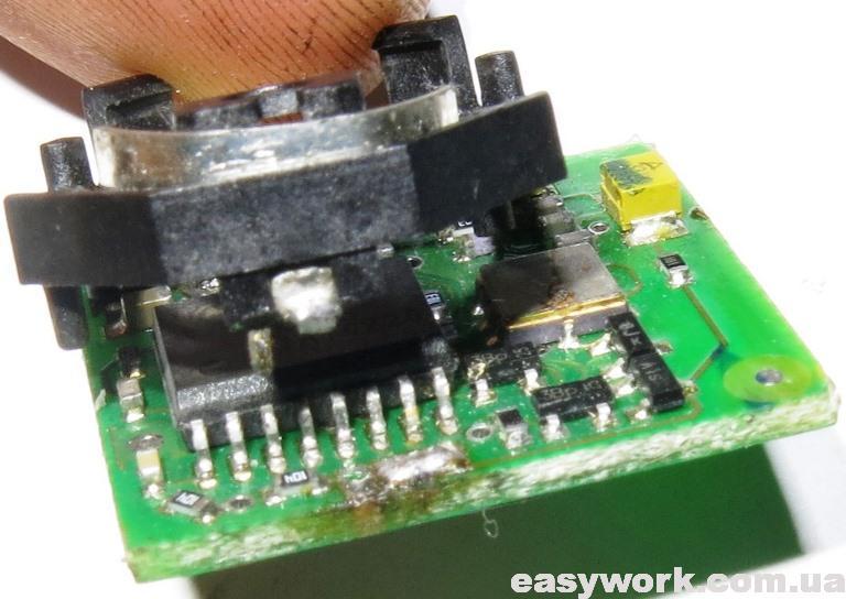 Выпаивание батарейки из разъема