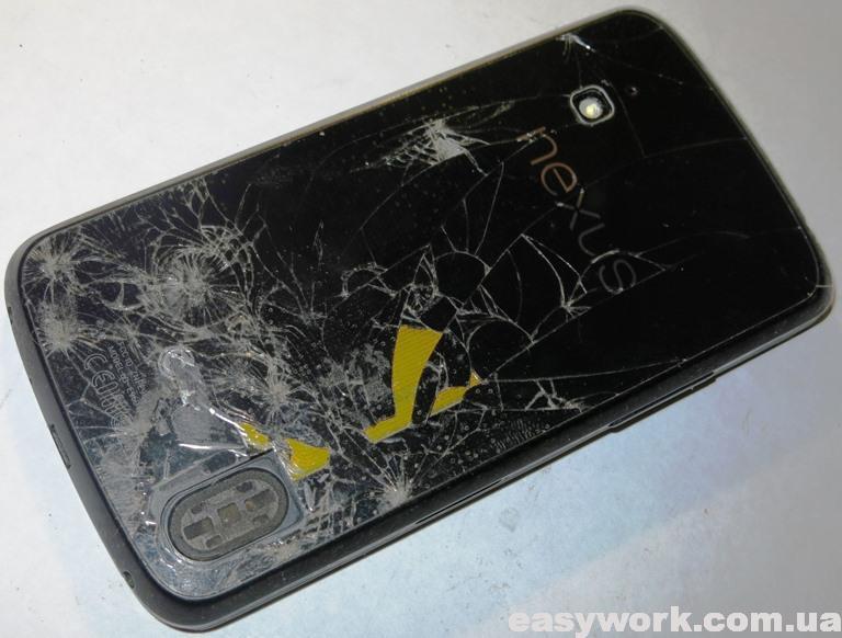 Смартфон Google Nexus 4 LG-E960