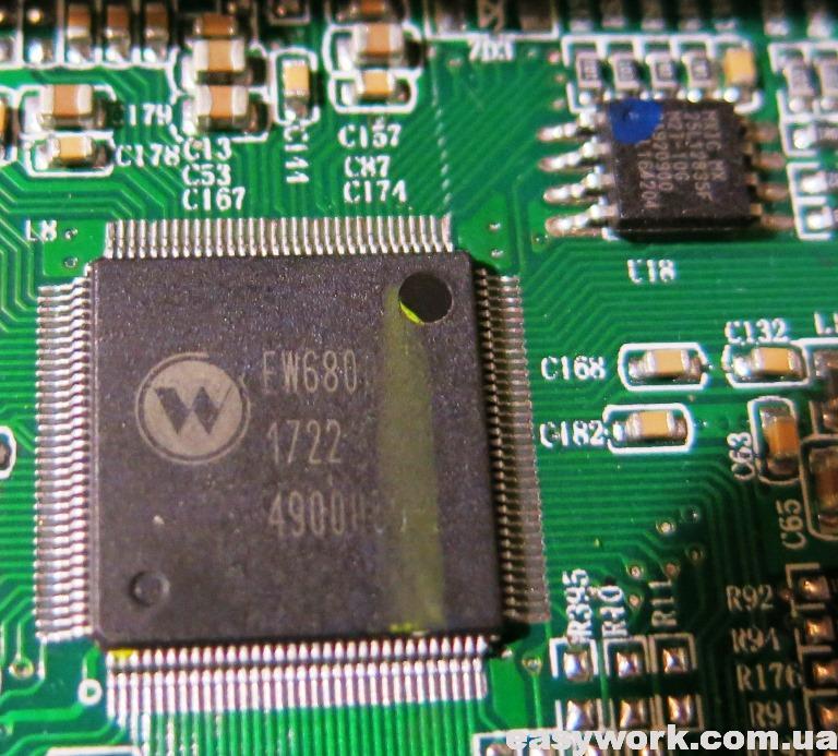 Процессор EW6800 и флеш-память MX25L12835F