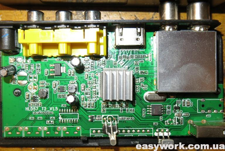 Внутреннее устройство Т2 приставки ORIEL 101