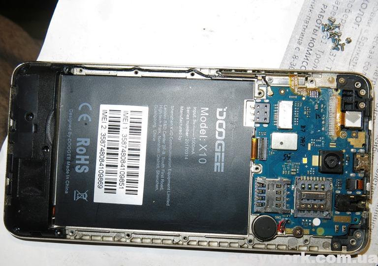 Внутреннее устройство смартфона DOOGEE Х10