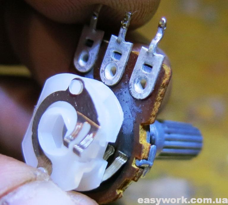 Выводы переменного резистора