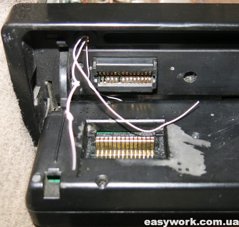Прокладка проводов через отверстие