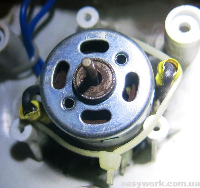 Двигателем с разбитым подшипником скольжения