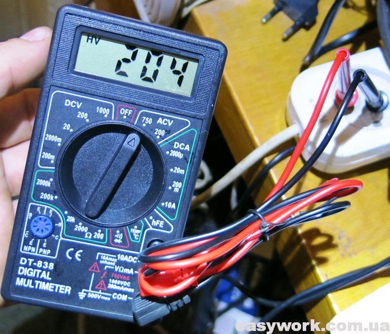 Отремонтированный мультиметр DT-838